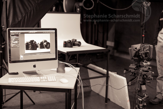 image-54495: behind the scenes: product photography with technical camera ( Venlo / NL ) 12.5.2012 14:23
