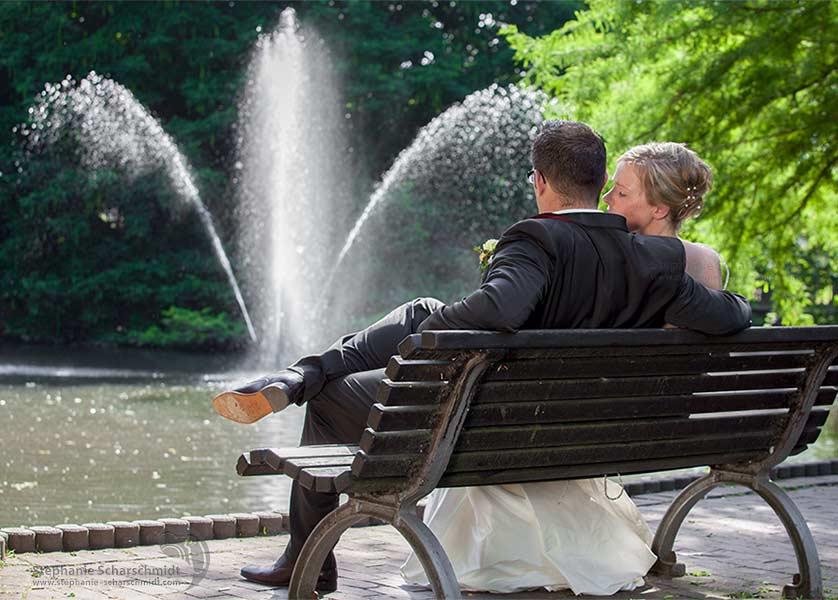 image-64383: Stille Momente einer Sommerhochzeit_ – Nina & Marcus im Ingenhovenpark ( Nettetal / DE ) 2 August 2013