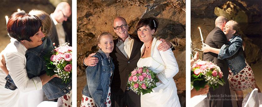 Hochzeitsfotos 65643+ 65703 + 65640: ungewöhnliche Danksagungen nach Hochzeit (Standesamt Tropfsteinhöhle Wiehl / NRW / Deutschland ) 16. August 2013
