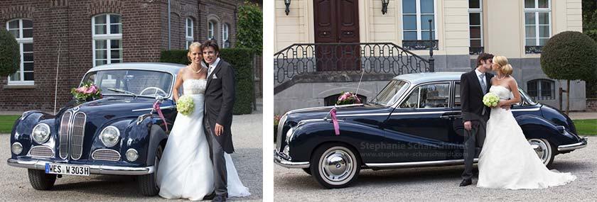 Brautpaar am Oldtimer im Schloss Leyenburg – Hochzeitsfotograf in Rheurdt, Kreis Kleve)